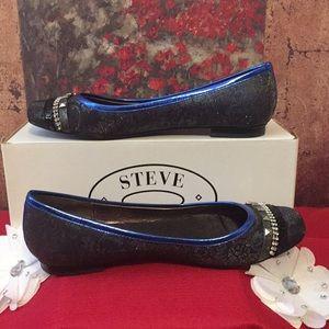 Steve Madden Shoes - STEVE MADDEN TEXTILE DETAILS FLAT SHOES 8M